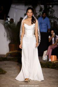 Vestido de noiva no corset