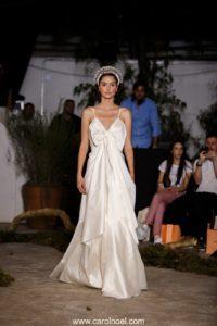 Vestido de noiva de tafetá de seda